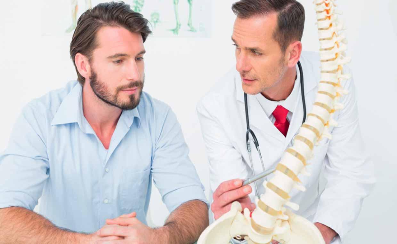 Костная ткань больных остеопорозом. В России изучили ее химический состав